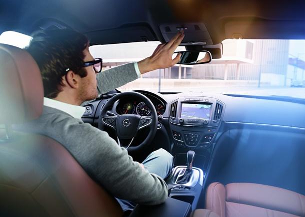 sistema de seguridad y conectividad Opel OnStar