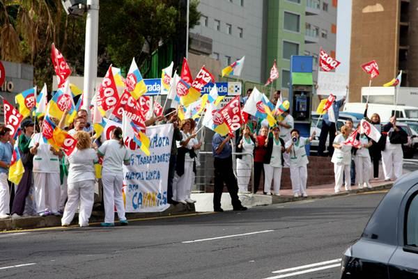 Los trabajadores han realizado varias acciones de protesta. | S. M.