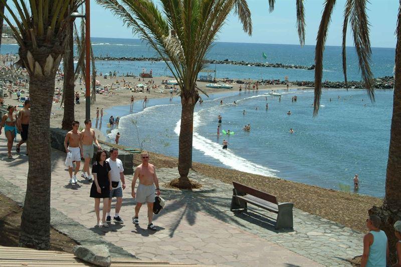 Una playa del sur de Tenerife. | DA