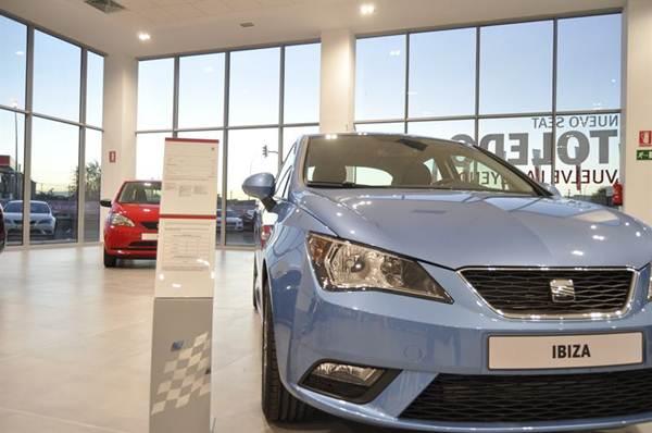 Crece la venta de vehículos en España. | EP