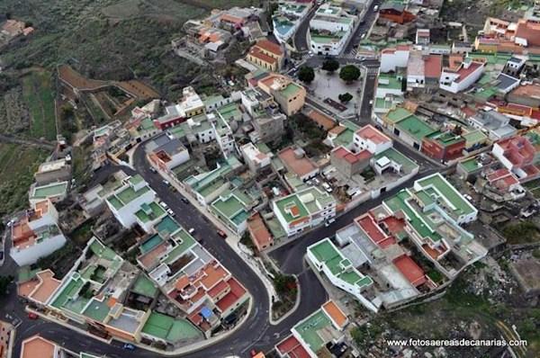 Vista área del barrio de El Carmen, en el municipio de Arafo. / DA