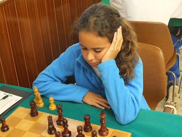 Adhara lleva 2 de 3 y juega con blancas en la cuarta ronda. / J. L. F.