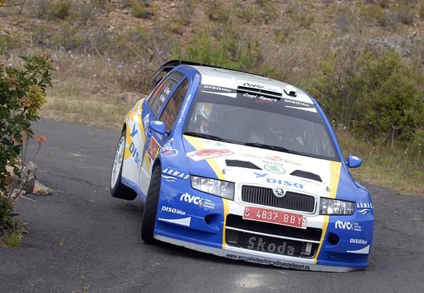 Alfonso Viera y Víctor Pérez (SKODA Fabia WRC) durante el tramo de Adeje. | DA