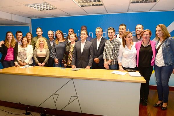 José Manuel Bermúdez presentó ayer a los principales nombres de su lista para repetir como alcalde. / S. M.