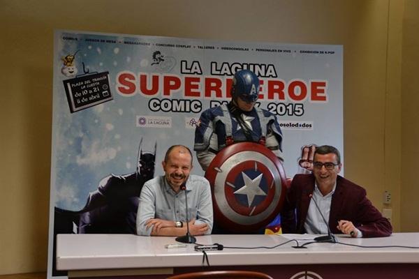Fernando Cabrera y Javier Abreu en la presentación de la Cómic Paty La Laguna 2015. / CEDIDA