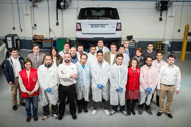 Cursos Cruz Roja Española junto a Land Rover España