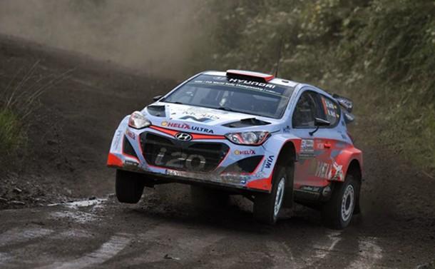 Dani Sordo (Hyundai i20 WRC) durante una especial del rally argentino.   DA