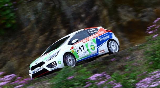 David Sánchez y Sergio González-Jaraba (KIA pro_cee'd GT) durante el Rally de Santa Brígida.   DA