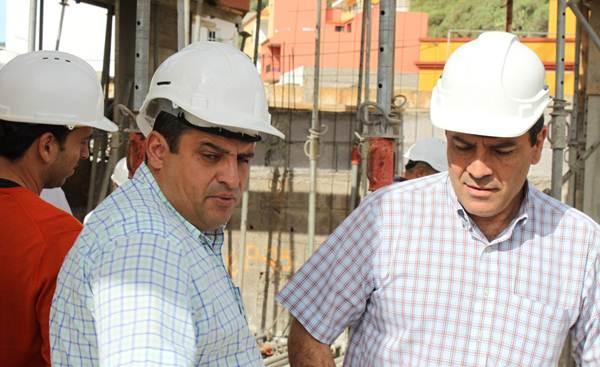 Domingo Ramos y José Gumersindo García, a pie de obra. | DA