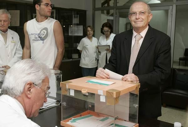 Eduardo Doménech ha cumplido su segundo mandato al frente de la Universidad de La Laguna. | DA