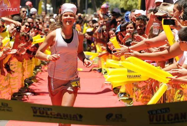 La atleta sueca entrando en meta victoriosa.   DA