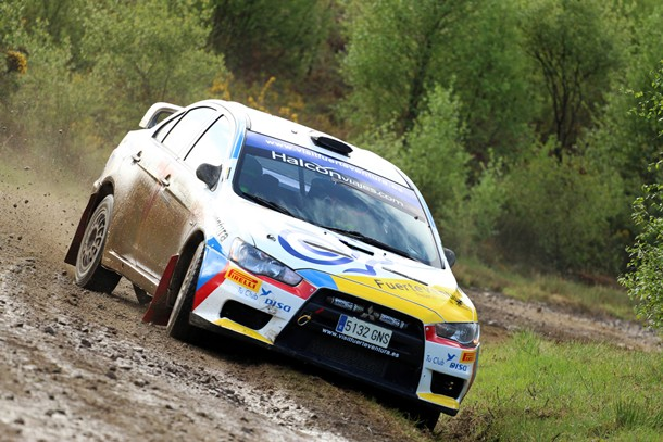 Gustavo Sosa y Carlos Larrodé (Mitsubishi Evo X) durante el Rally Concello de Curtis. | Nacho Villarín