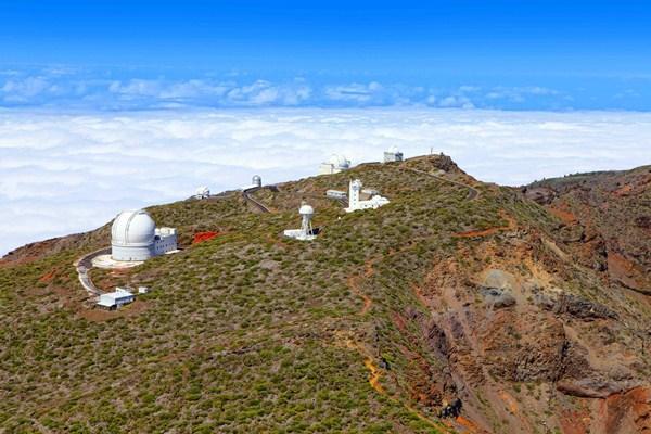 Los 19 telescopios Cherenkov se ubicarían en el Observatorio del Roque de los Muchachos, en la isla de La Palma.  / DA