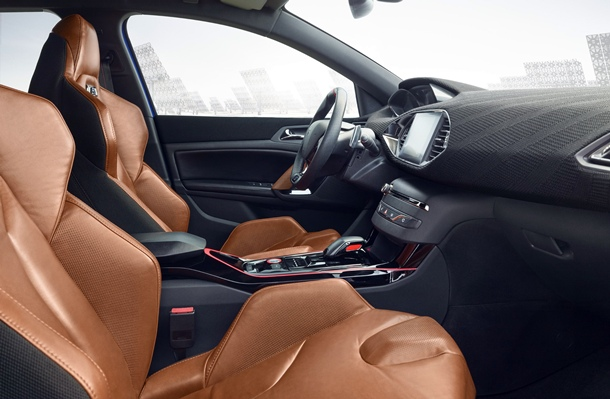 Impresionante habitáculo del Peugeot 308 R HYbrid. | DA