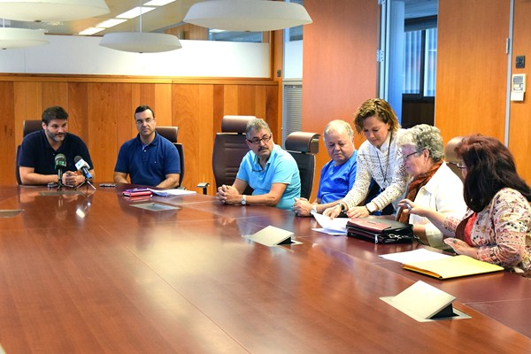 José Ángel Martín presidió la reunión celebrada ayer en la Gerencia Municipal de Urbanismo. / DA
