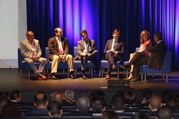 Magdalena, De la Puente, Alonso, Marichal y Rodríguez de Azero, durante el debate. / DA