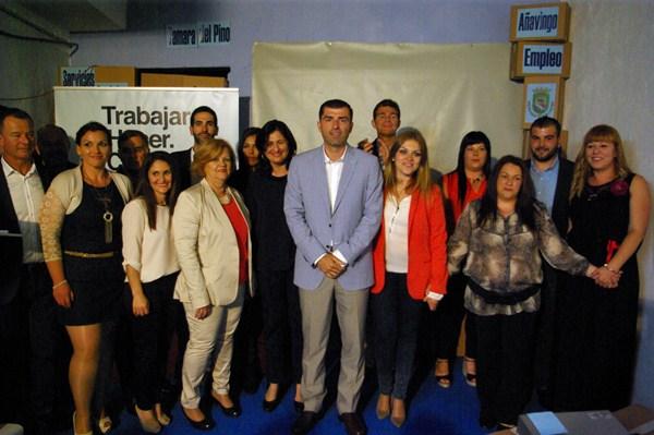 Manuel Domínguez, Guillermo Díaz Guerra y Carmen Luisa Castro arroparon la candidatura arafera. / DA
