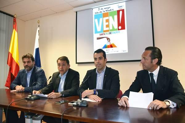 El alcalde presidió la presentación de las actividades del domingo y destacó la gran colaboración privada. | DA