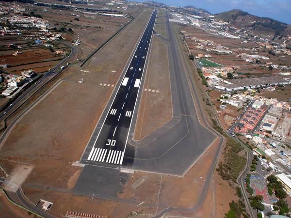 Imagen de archivo del aeropuerto Tenerife Norte-Los Rodeos, en Tenerife. | DA