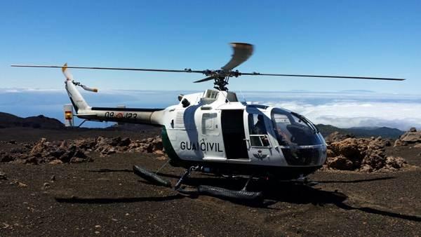 Helicóptero de la Guardia Civil durante el operativo. | DA