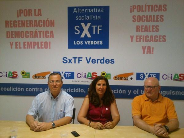 Martínez, junto a la candidata y el secretario general de SxTFE. / DA