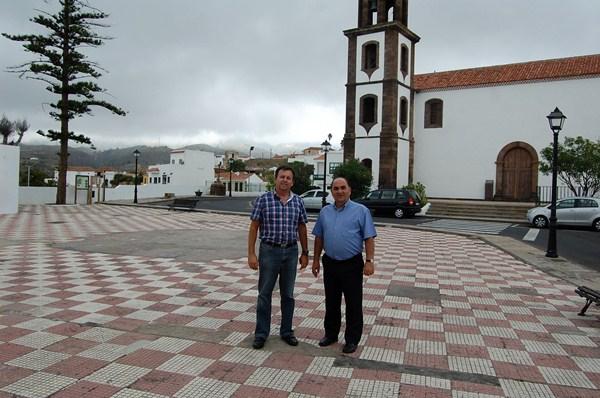 Arbelo y Armas quieren desarrollar el litoral de Arico. / DA