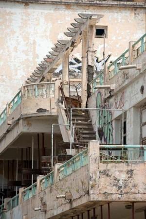 Las estancias y escaleras están apuntaladas.   F. P.