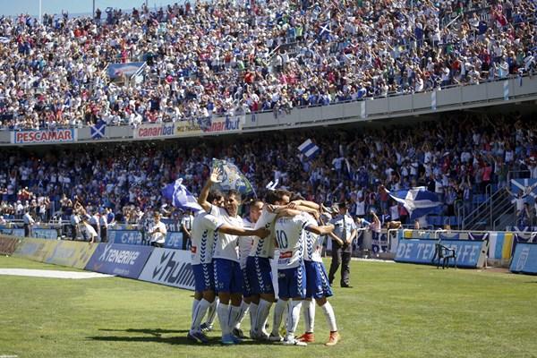 La mejor entrada de la temporada fue en el derbi canario, jugado en septiembre. / SANTIAGO FERRERO