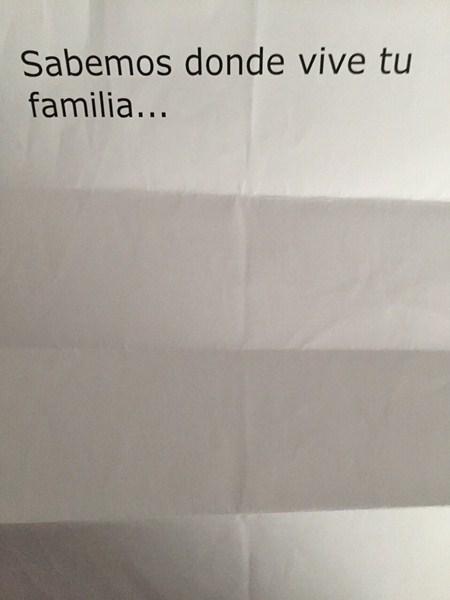 Desde marzo hasta la semana pasada el edil de Fiestas, Arón Barroso, ha recibido panfletos anónimos en su domicilio . / DA