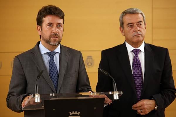 Carlos Alonso y Aurelio Abreu, durante una comparecencia anterior. | DA