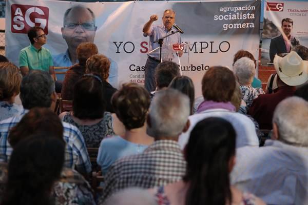 Casimiro Curbelo, en un mitin celebrado estos días en San Sebastián de La Gomera. | DA