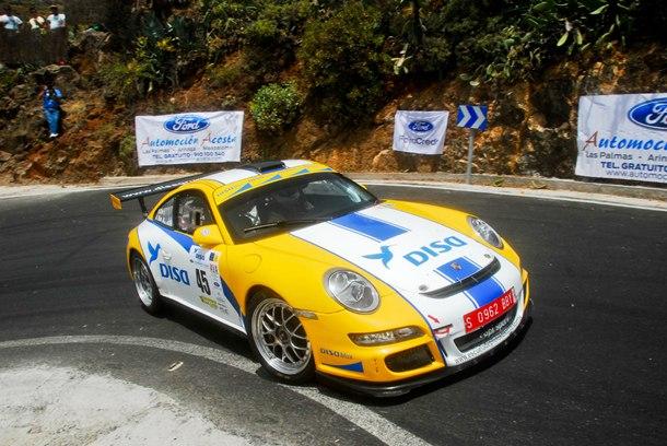 Enrique Cruz (Porsche 911 GT3) durante una prueba anterior. | DA