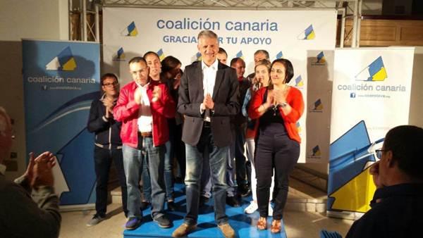Francisco Linares está entre los siete líderes del norte de la Isla que lograron la mayoría absoluta. | DA