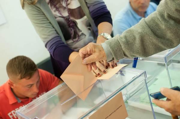 La abstención en los comicios del pasado domingo rozó el 40% del electorado. | FRAN PALLERO
