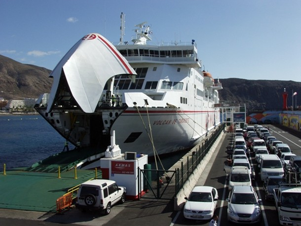 Naviera Armas Ferry Volcan de Taburiente