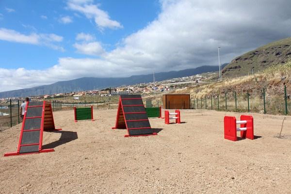 Los materiales se han sacado de aquellos parques infantiles que no cumplían con las normas europeas. / DA