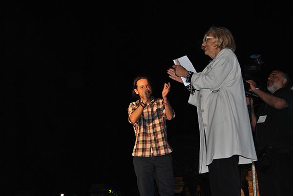 Pablo Iglesias junto a Manuela Carmena. / KE