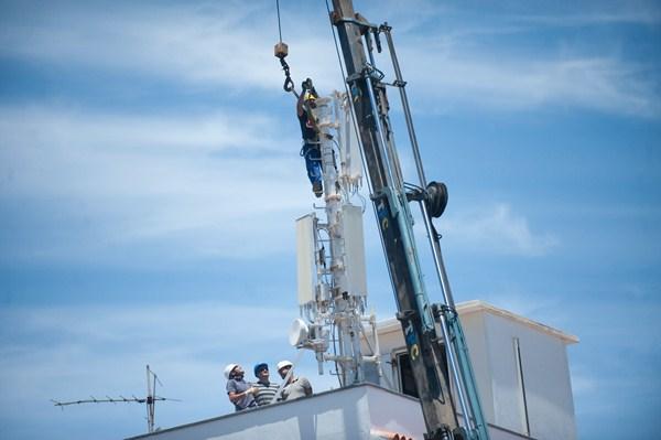 La ordenanza de Santa Cruz ha aplicado el principio de precaución, alejando así las antenas del centro. / F.P.