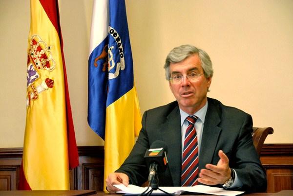 El alcalde, Álvaro Dávila, confirma la resolución judicial. / DA