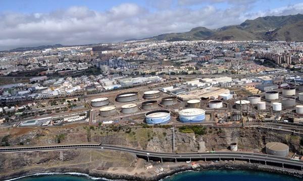 El TSJC avala los controles impuestos por el Gobierno canario a la refinería