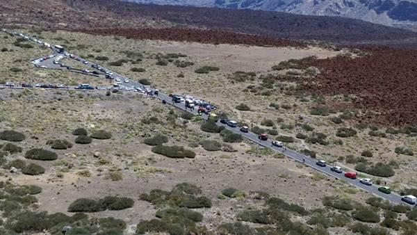 colas en el Teide tras colisión de motos