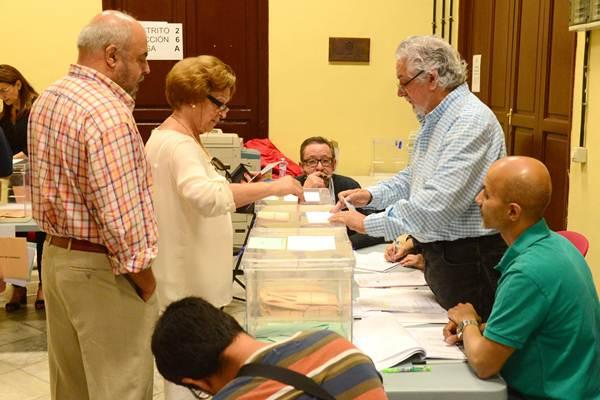 Desde 1995 no se registraba un número similar al de estas elecciones, aunque no es el más bajo del último decenio.   SERGIO MÉNDEZ