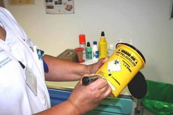 Los residuos peligrosos son manipulados con precaución y tratados por empresas especializadas. | DA