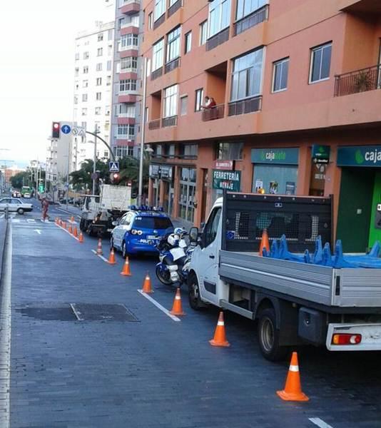 retirada de semáforo avenida islas canarias 1
