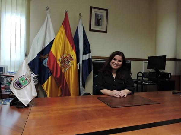 Mari Brito, ayer, en su despacho de alcaldesa. / NORCHI