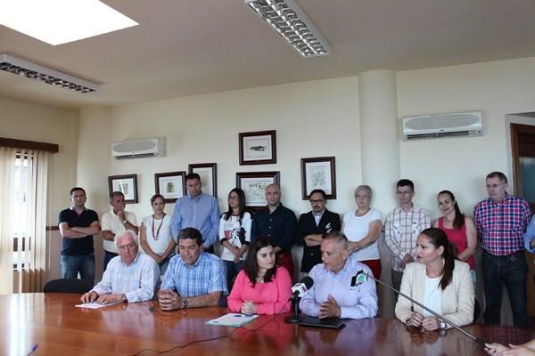 Uno de los objetivos para ambas fuerzas políticas en el mandato 2015 -2019 es la exigencia de la eliminación de la Central de Las Caletillas a las administraciones competentes y el establecimiento de un Plan para el fomento de Energías Renovables. / DA