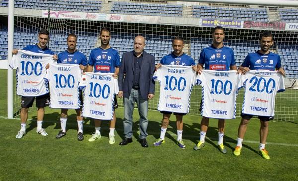 Seis jugadores de la actual plantilla superan los 100 partidos como blanquiazules. / SOFÍA CABRERA