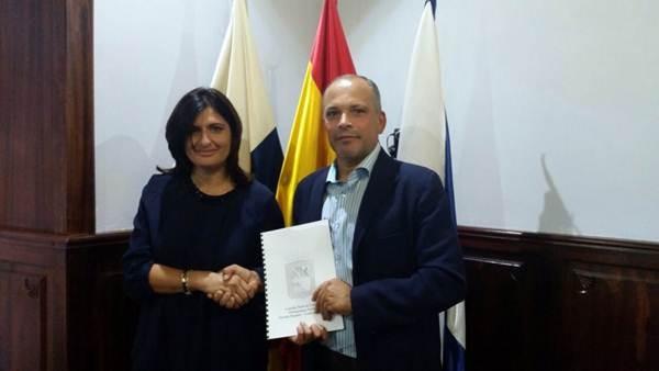 Carmen Luisa Castro y Javier Mederos