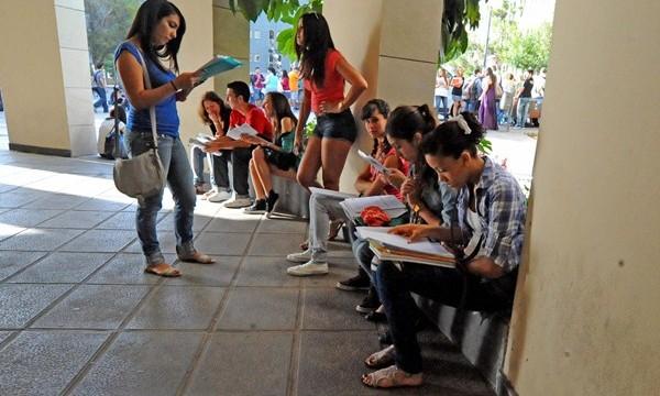 Los jóvenes canarios, los que más sufren la crisis económica