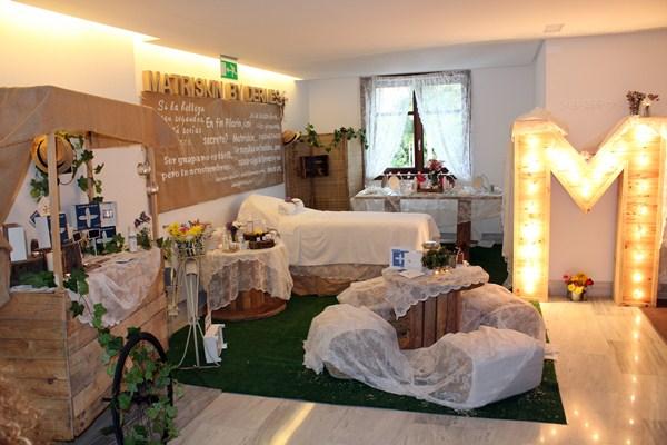 Las 50 suites del hotel Mencey se transformaron durante dos días en las boutiques más selectas. / DA